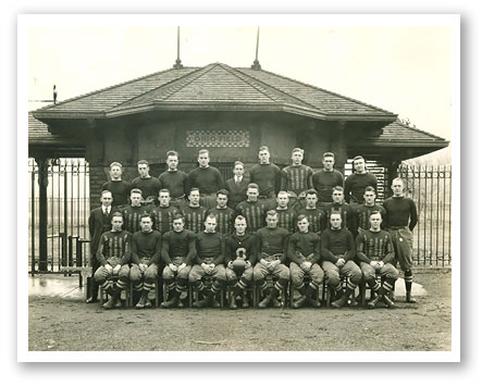 Team_Photo_1916